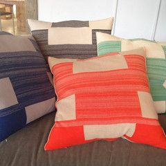 Orange or Red | Blocks kussens  www.goeds,nl