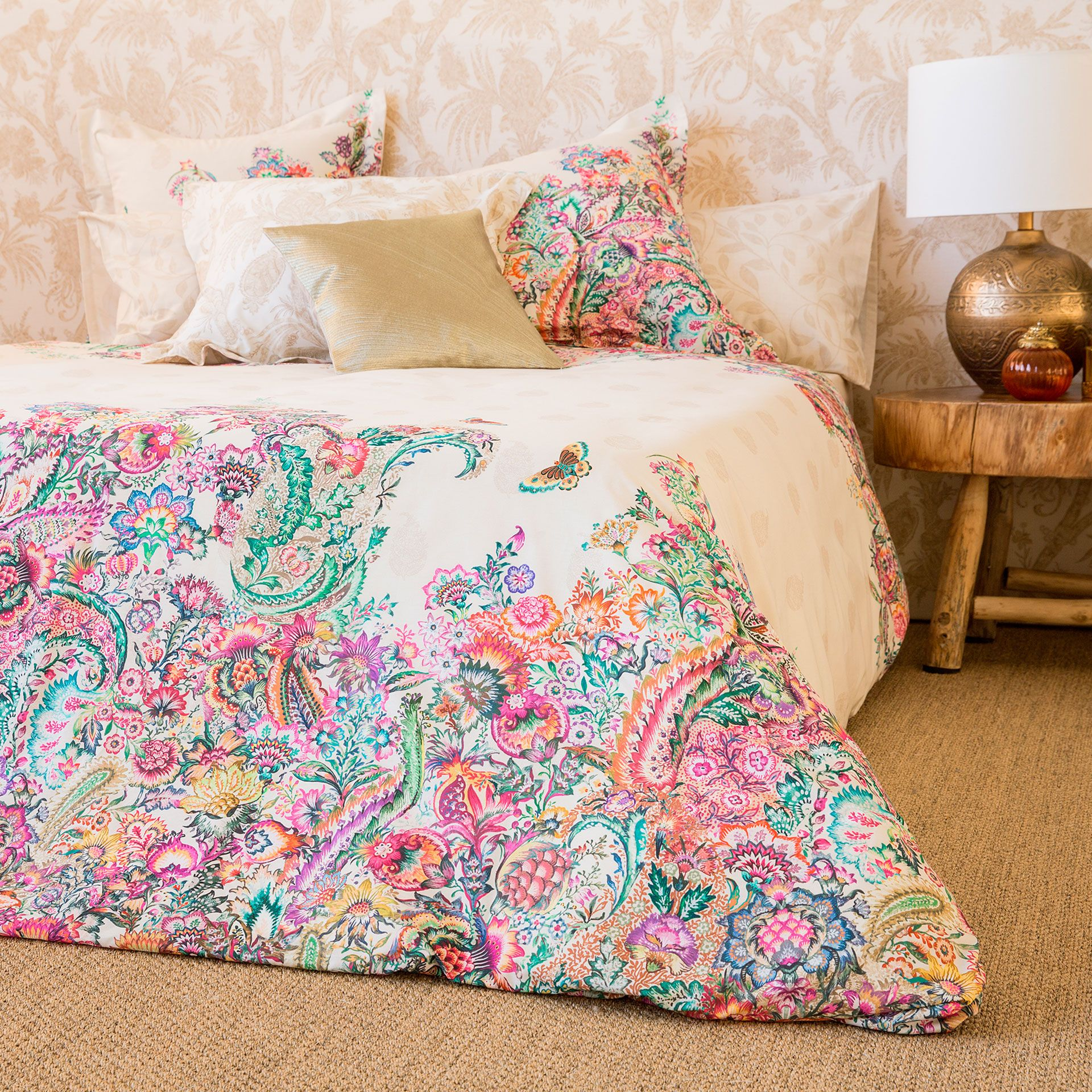Oversized Paisley Print Bedding Bedding Bedroom Zara Home
