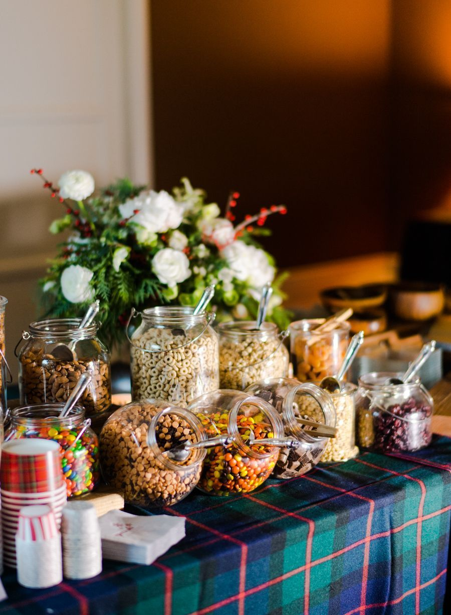 trail mix bar - bril!! #Apres #Shindig #ski #studentenfutter #studentenfutter rezepte #studentenfutter #studentenfutter rezepte #studentenfutter selber machen #trail mix #trail mix bar #trail mix bar wedding #trail mix recipes #trail mix recipes for kids