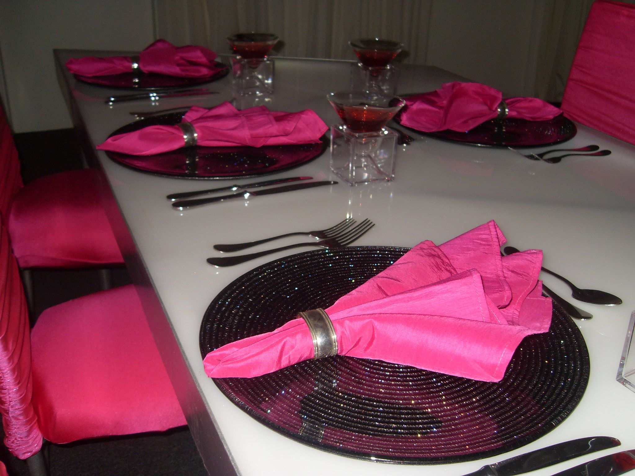 Theme Ideas For Dinner Parties Part - 50: 80s Theme Party Decorations | Creating Your Dinner Party U0027themeu0027 |  Caterhire Blog