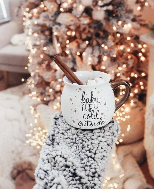 10 Winter Cocktail Recipes To Warm Your Right Up Christmas Mood Christmas Aesthetic Christmas Wallpaper