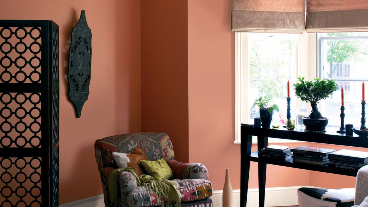 Warm Welcoming And Cheerful Orange Is The Perfect Paint Colour For Brightening North Facing Rooms That Don T See Much Natural Light