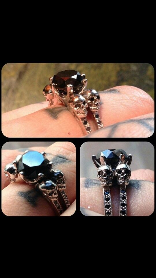 It\'s official! Kat Von D proudly shows off her black diamond ...