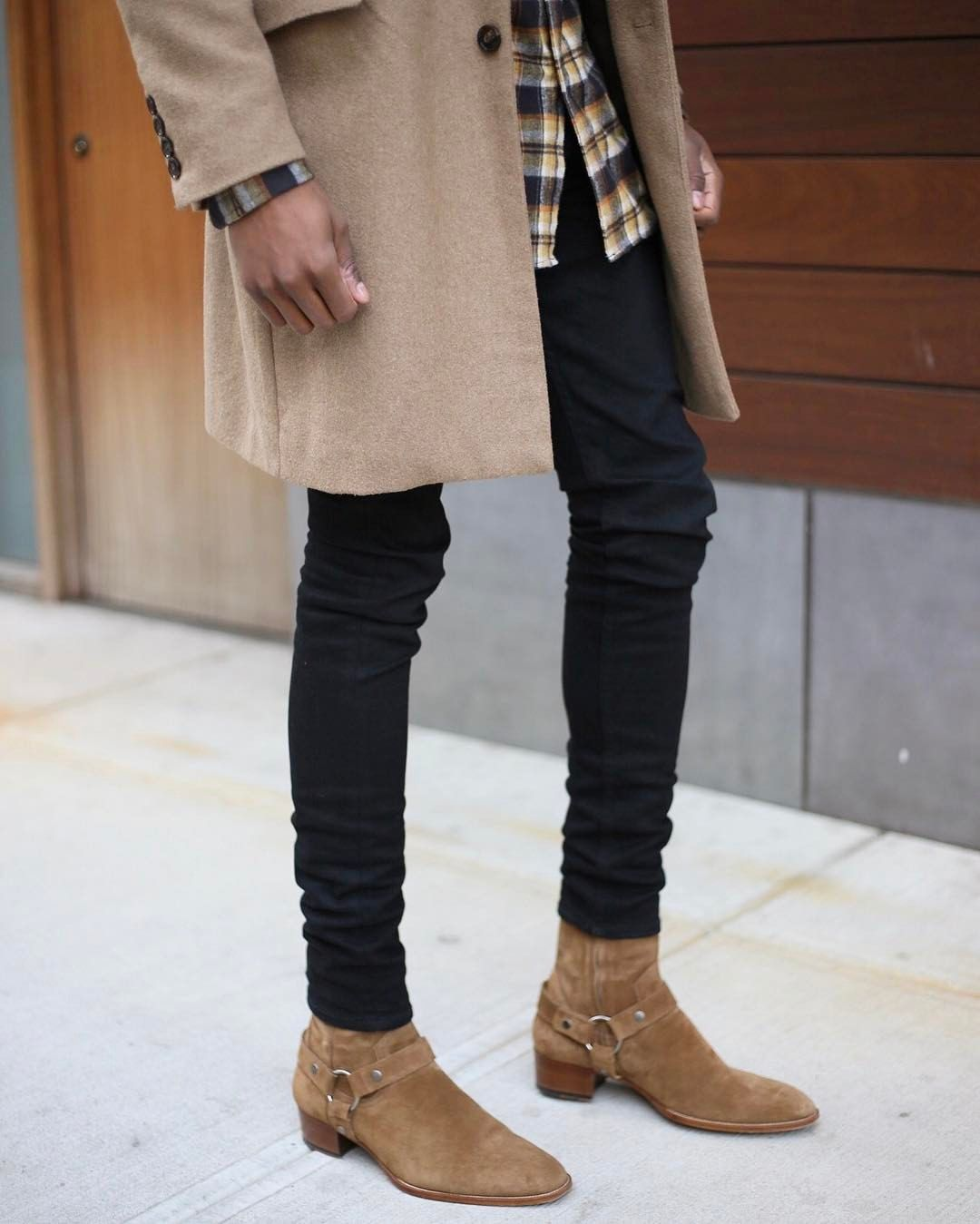 See This Instagram Photo By Lvrd Grant 633 Likes Streetwear Outfit Mens Street Style Chelsea Boots Men Outfit
