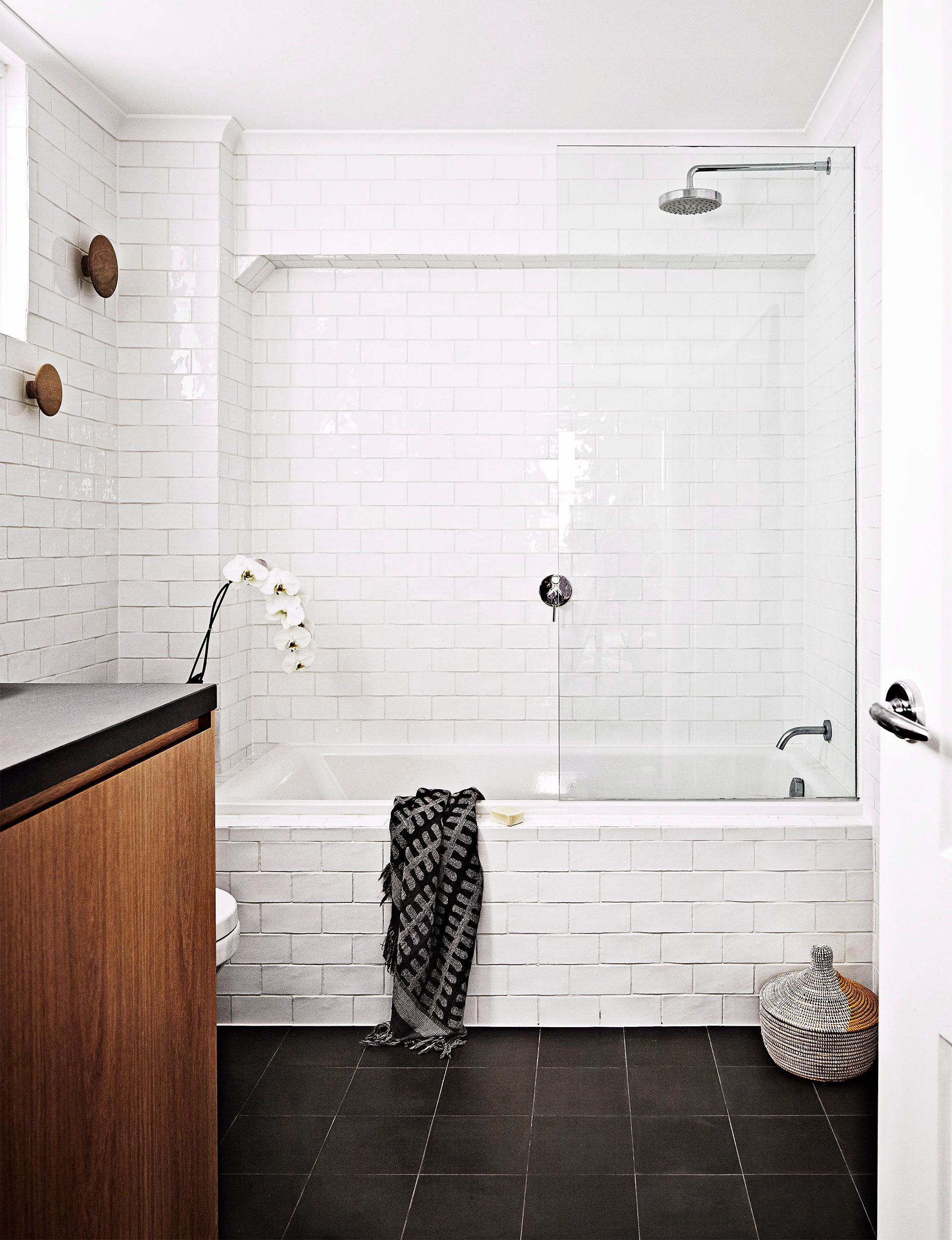 4 ways to trick your small bathroom into feeling bigger | Small ...