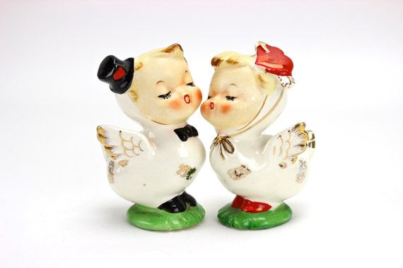 Vintage Wedding Cake Topper  Napco Lovebirds by UnderTheSycamores