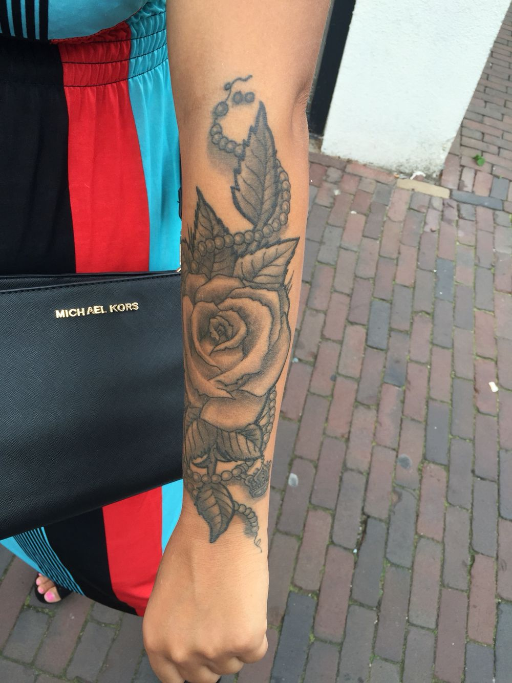 Rose Pearls Crown Tattoo Tattoos New Tattoos Tattoos And