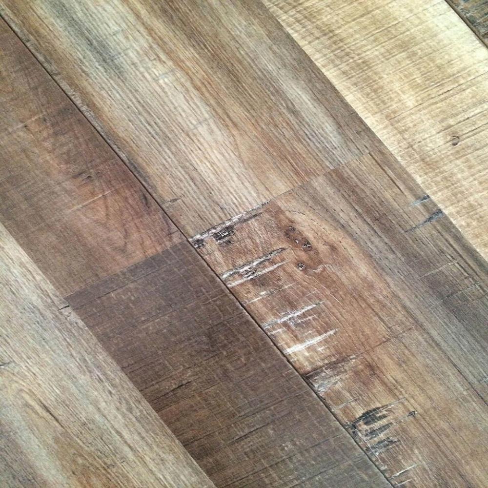 Dekorman Ancient Oak 12 mm Thick x 7.72 in. Wide x 48 in