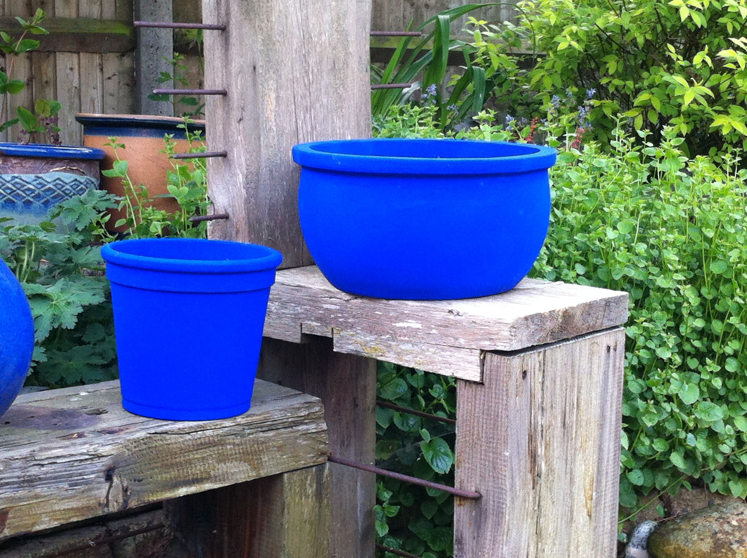 Garden Pots Painted With Bristol Paints Ultramarine Blue 1035 As Near A Match