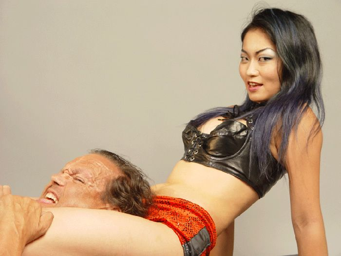 Abstract thinking asian girls wrestle men