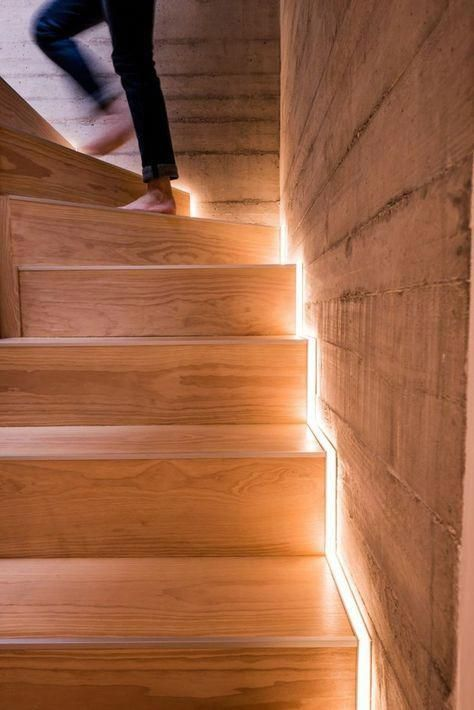 Beleuchtungsideen Treppenbeleuchtung Led Leisten Ledlamp Bar Lighting Staircase Design Stair Lighting