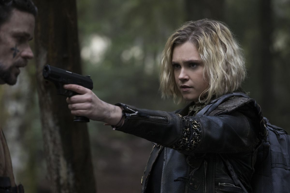 The 100 Season 5 Finale Proves The Series Fearless Reinvention Https Ift Tt 2mah4ic Try A Numedia 15 Day Trial With Images The 100 Characters Clarke The 100 The 100
