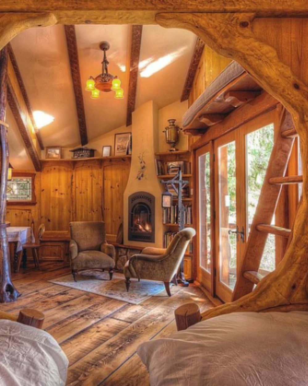 7 Tiny Cabin Homes That Are Perfect For Winter Hibernation ...