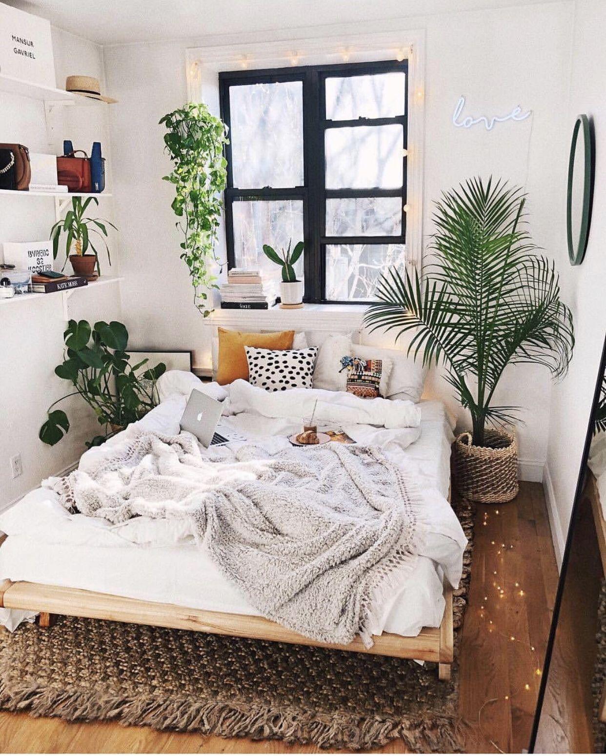Minimalist Bedroom With Plants Dream Bedroom In 2019 ...