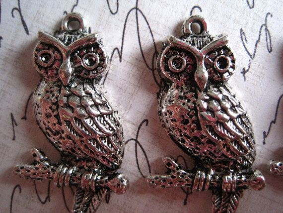 Owl+Charm+4+pcs+Antique+Silver+Color+33mm+x+18mm+by+ohwhatfunatl,+$2.00