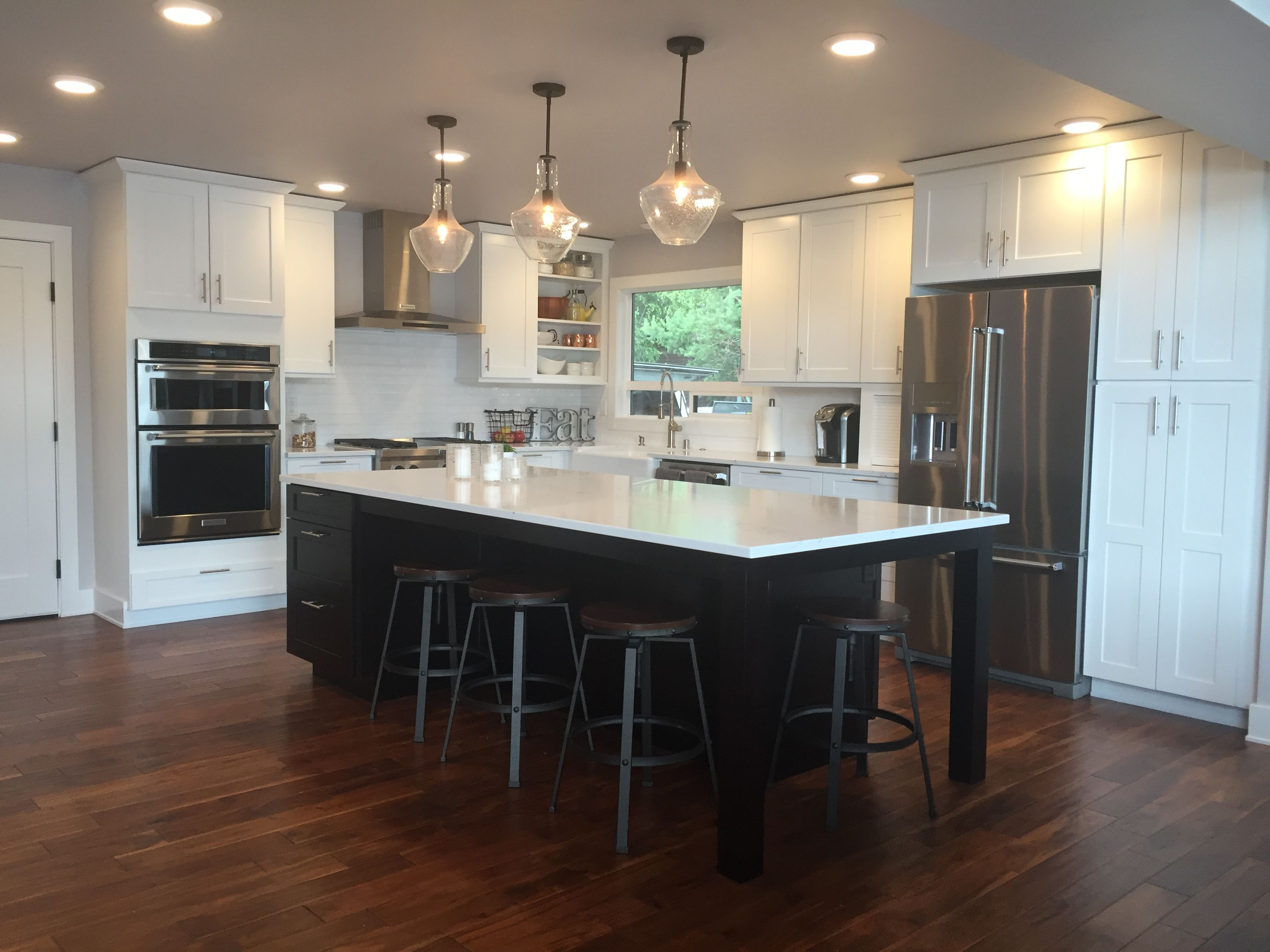 This Amazingly Sleek And Sophisticated Kitchen Was Designed By Jana Seda From Trailboss Solutions In Anchorag Kitchen Inspiration Design Kitchen Design Kitchen