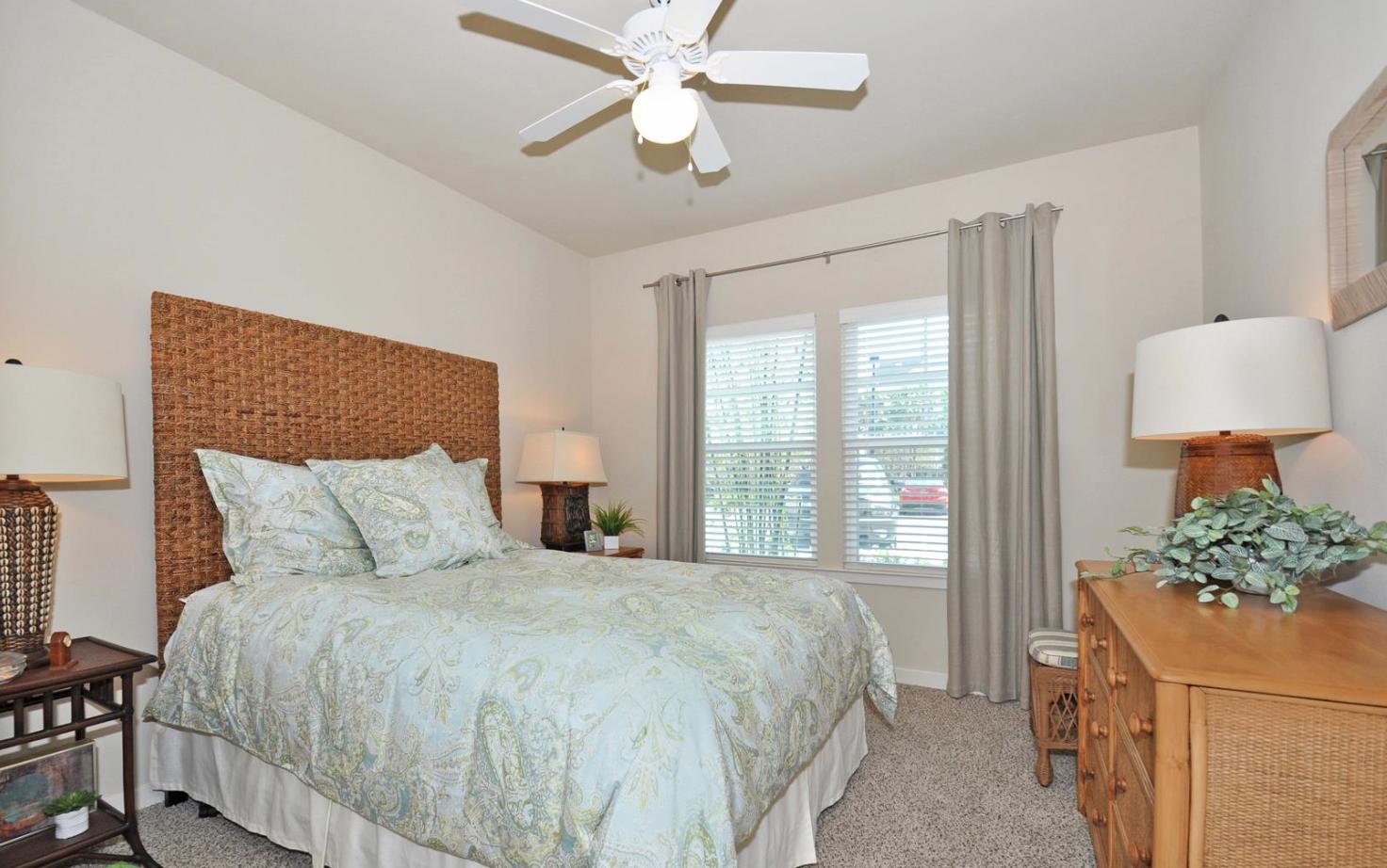 Sea Isle Resort Apartments in Orlando, FL www