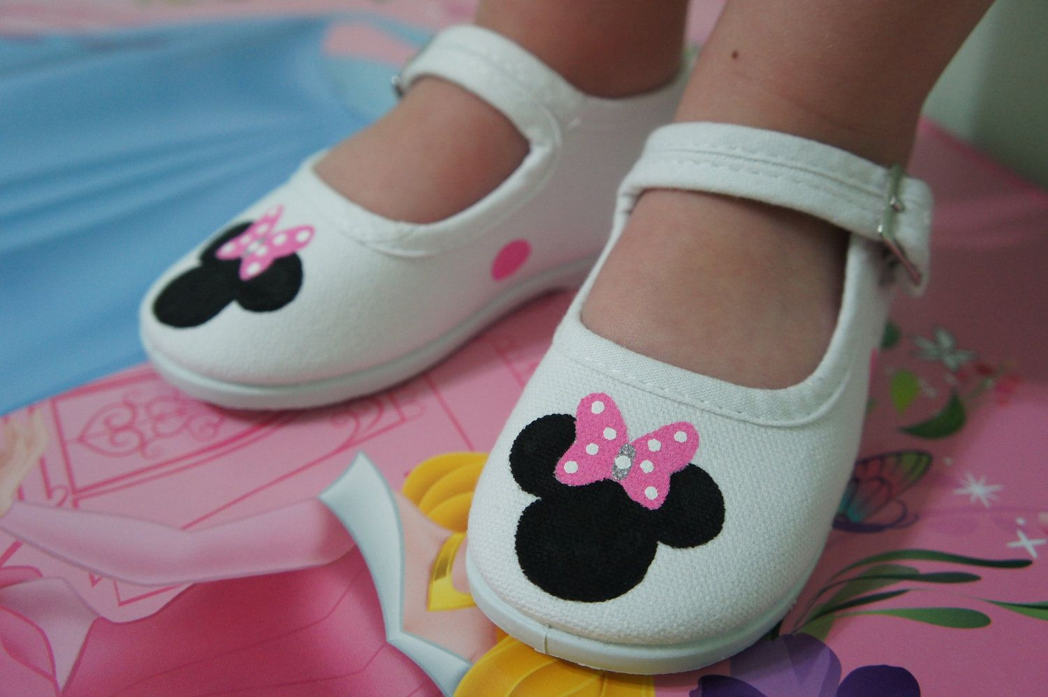 72ce239252b65 MINNIE MOUSE SHOES-With Bow Girl Children's Custom Hand Painted ...