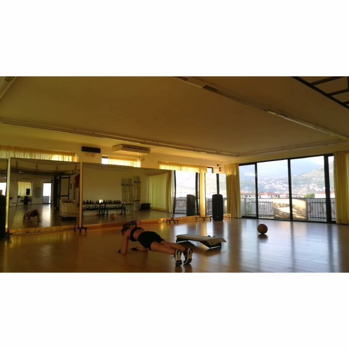 Circuito B - Summer Workout .  #abs #active #affondi #bestoftheday #circuit #determination #exercise...