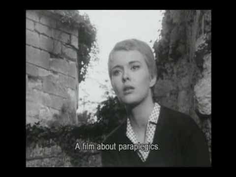"""Jean Seberg, nach zwei geflopten Filmen von Preminger (Jeanne d´ Arc und Bonjour Tristesse),einer Scheidung, einem Kurzaufenthalt in einer Nervenklinik und vor Godard (und vor den Black Panthers und dem FBI)… hier hat sie gerade einen begeisterten Brief eines """"jungen, sehr radikalen Regisseurs"""" namens Francois Truffaut bekommen."""