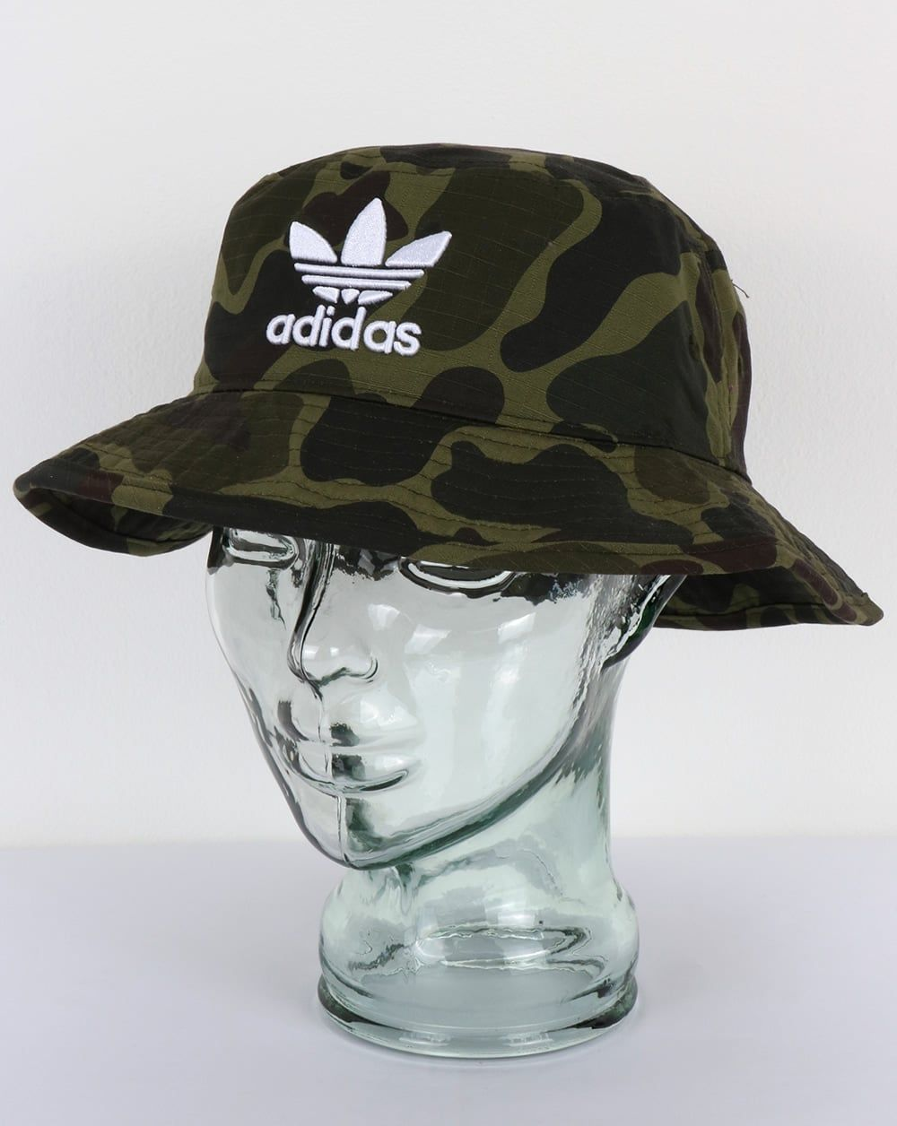 b71f2e07349 Adidas Originals Bucket Hat Camo