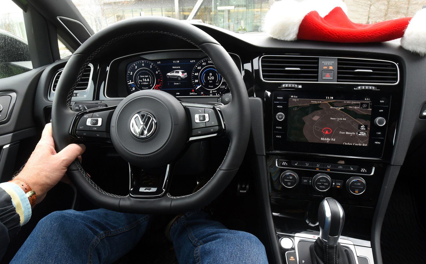 VW-Golf-R-2018-interior.jpg 1,800×1,116 pixels | Automobile | Pinterest