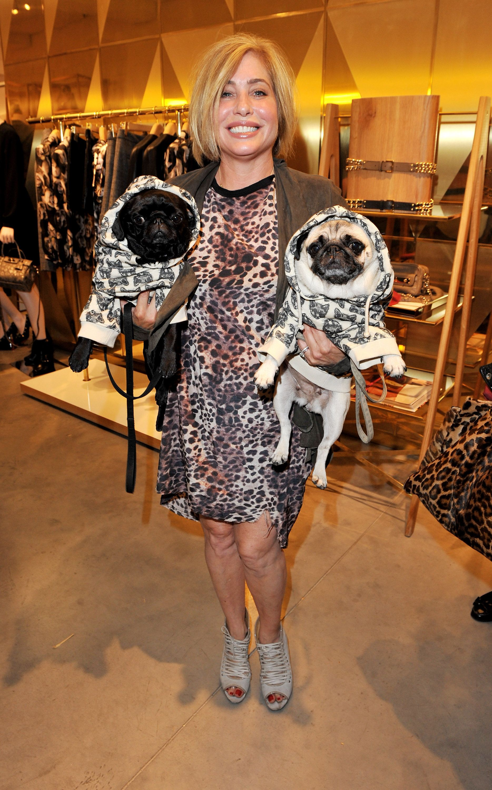 Brix Smith Start With Her Pugs Gladys And Pixie Pet Pug Pug