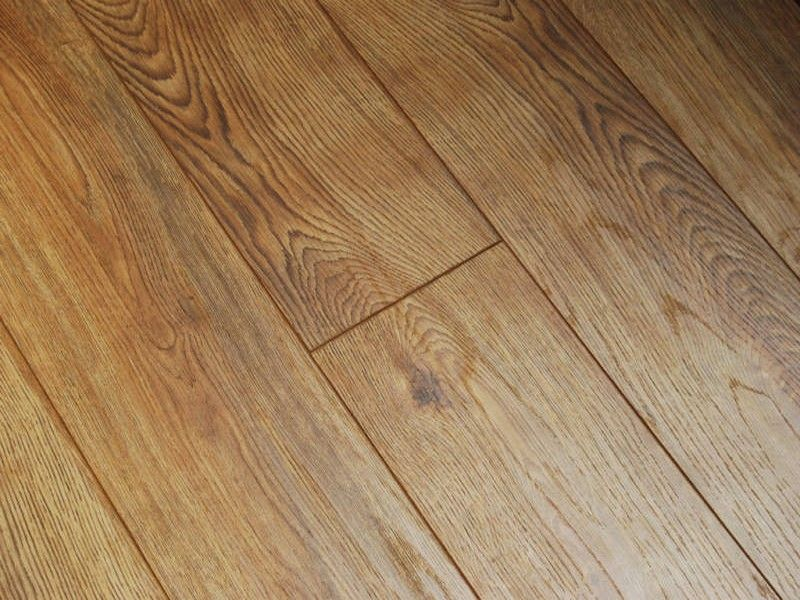 Natural Oak Effect Laminate Flooring Part - 18: Natural Oak 8mm Hand Scraped V Groove Laminate Flooring