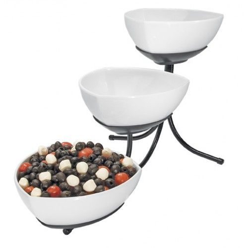 Melamine 3 Tier Bowl Display Powder Coated Metal Stand Features 3 Melamine Triangle Bowls In A Cascading Easy To Reach Arran Bowl Melamine Bowls Tiered Stand