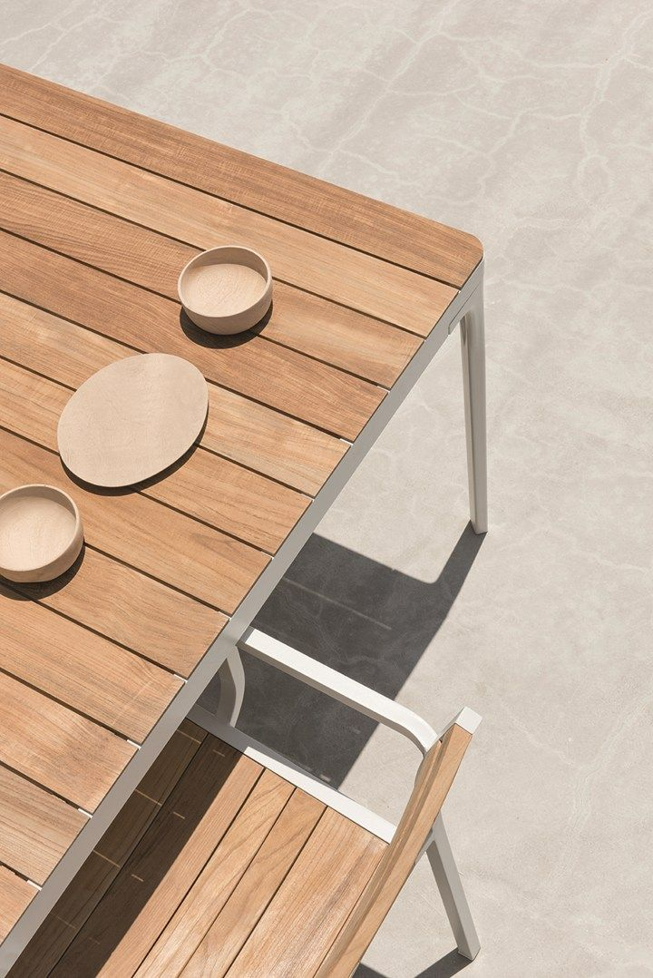 Tavole E Sedie Da Esterno.Play Harmony And Lightness New Tables Collection For Outdoor By