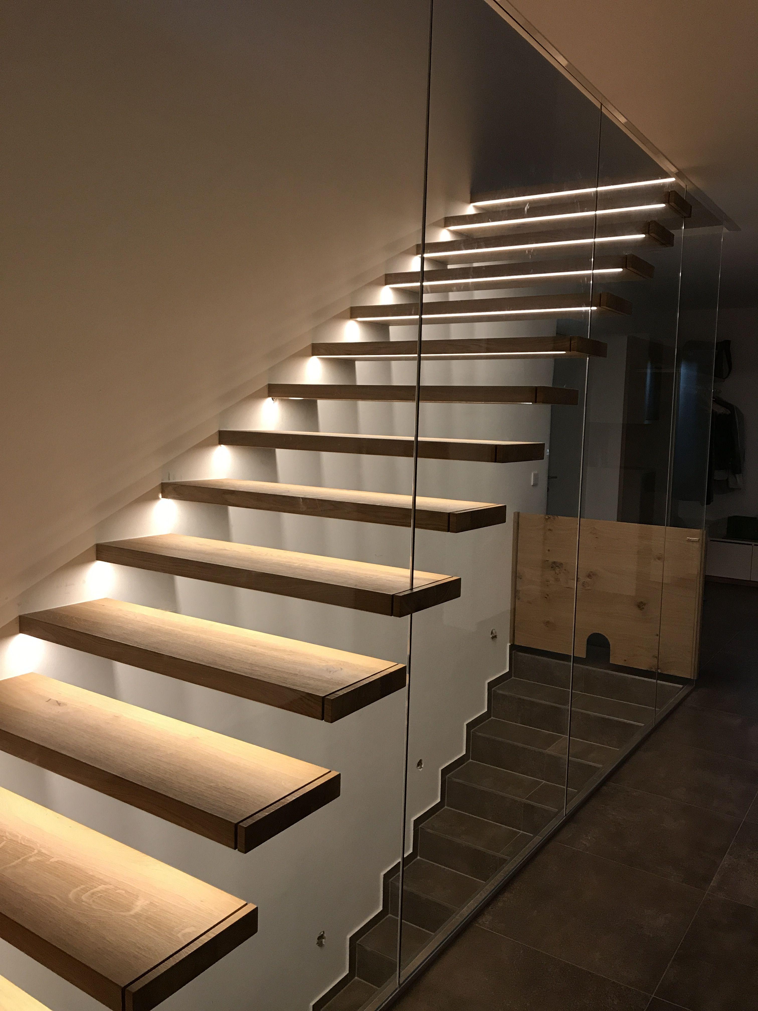Wunderbar #glas #designdeinteriores #design #stairs #schachreiter #treppe