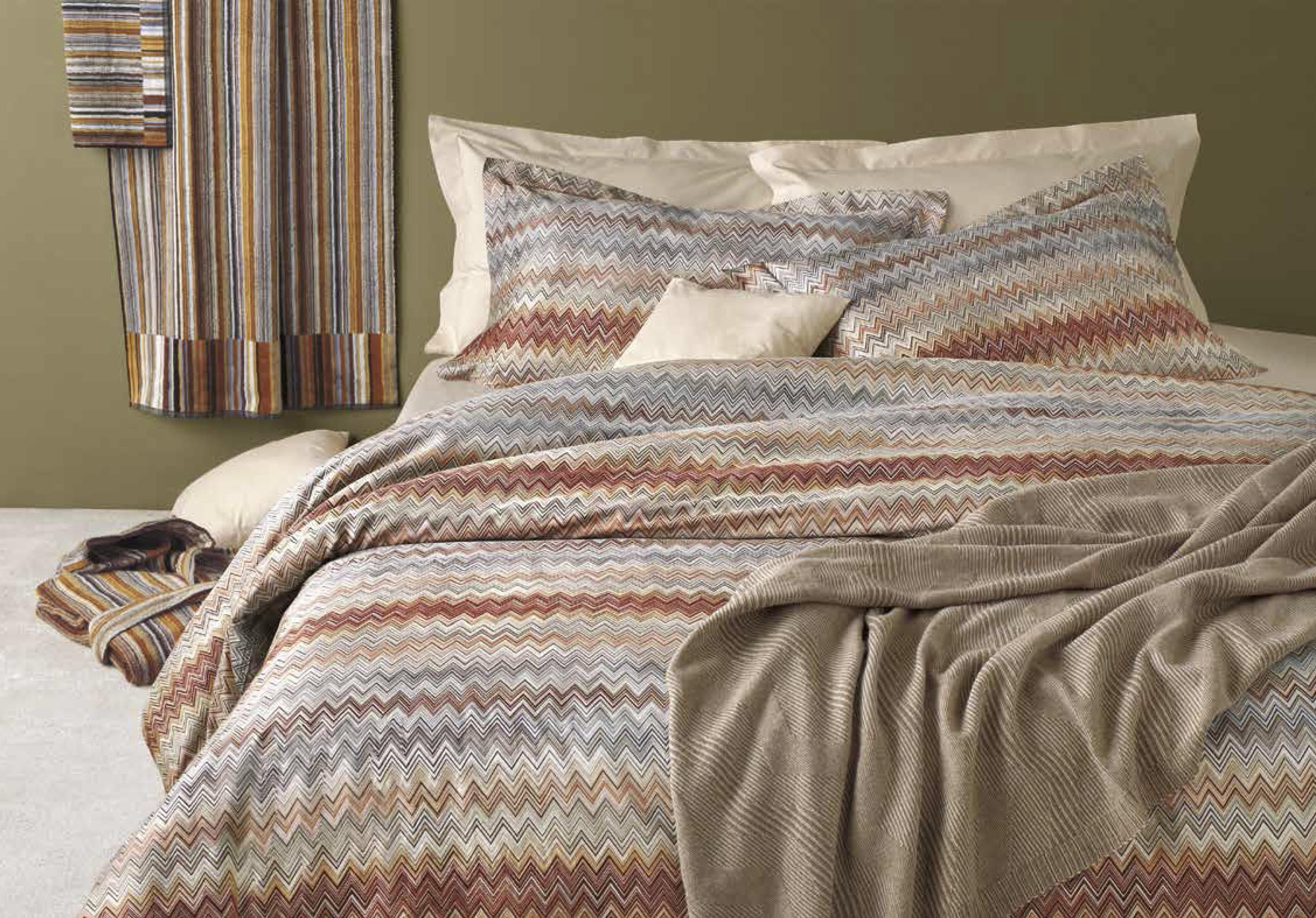 pillow missoni products josephine img missonijosephine tessuti pillows