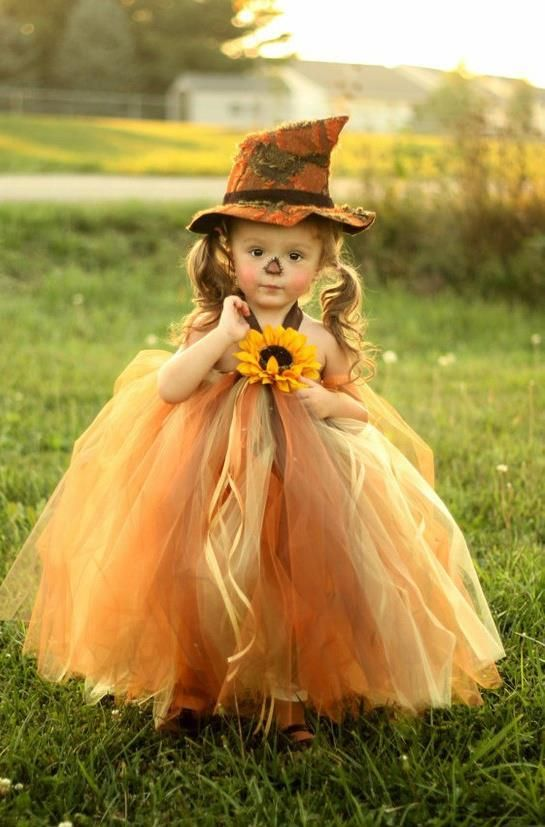 Would love to dress my daughter up like this for halloween :)