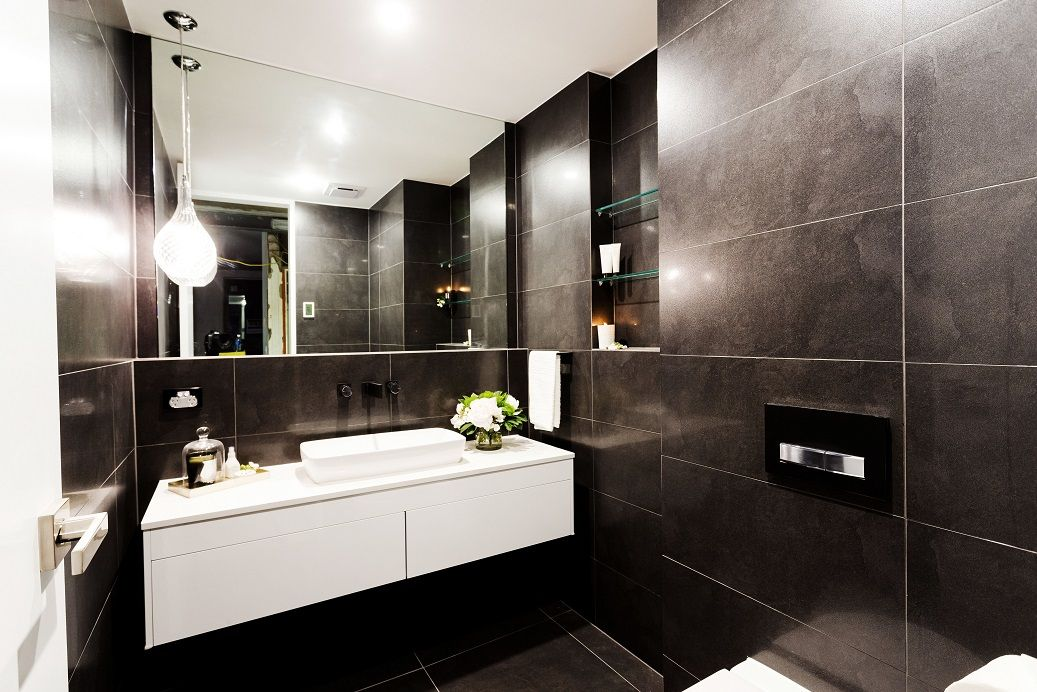 Tim And Anastasia 39 S Powder Room From The Block Triple Threa Features The Exile Charcoal Lappato