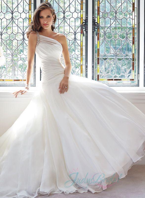 asymmetric wedding dress - Google Search | wedding/bridesmaid ...