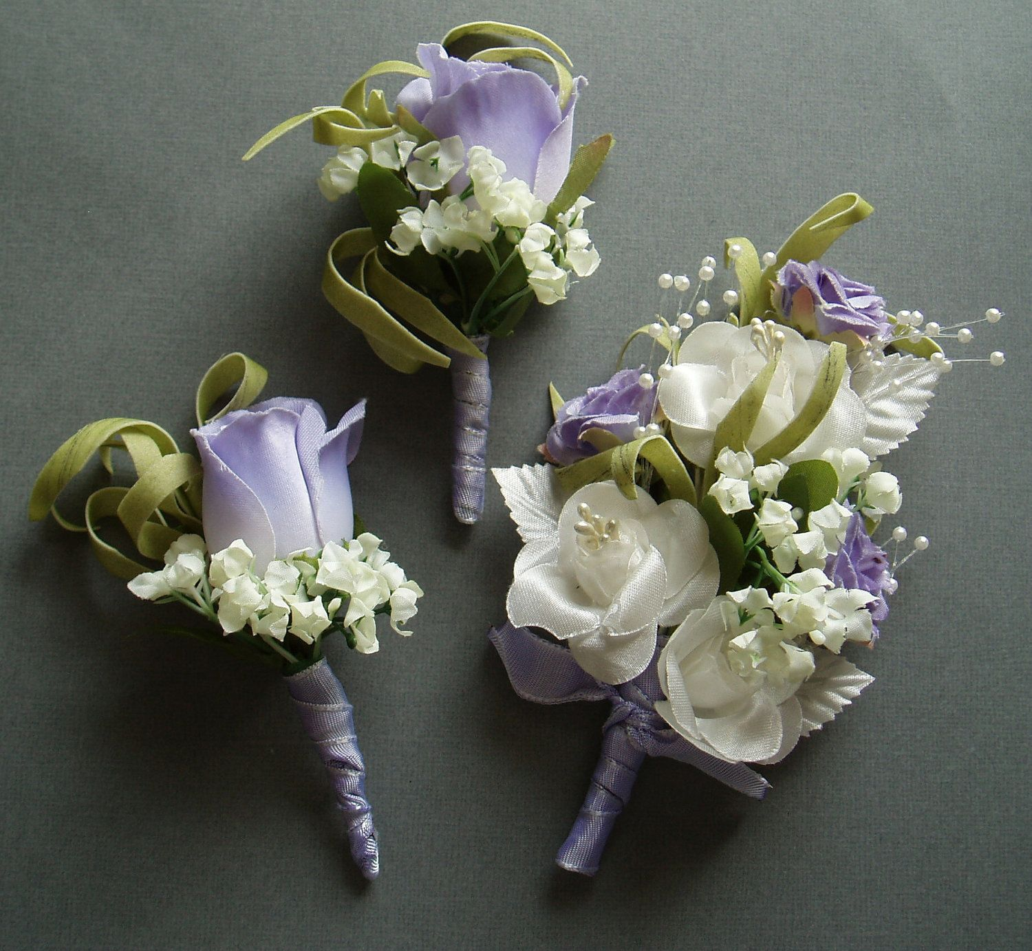 Wedding Flowers Corsage Ideas: Purple Lilac Boutonniere Corsage