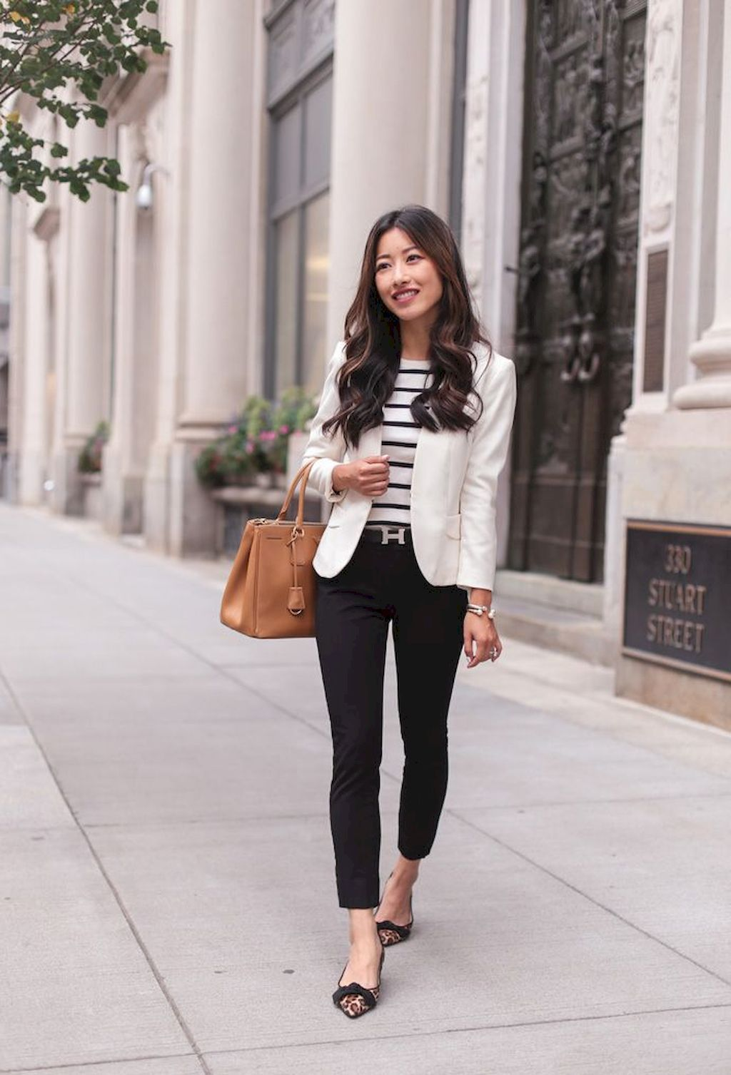 15 Elegant Work Outfits with Flats