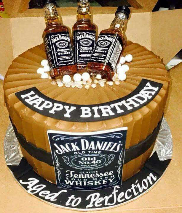 Jack Daniel S Birthday Cake Birthday Cake For Him 40th Birthday Cakes Birthday Cakes For Men