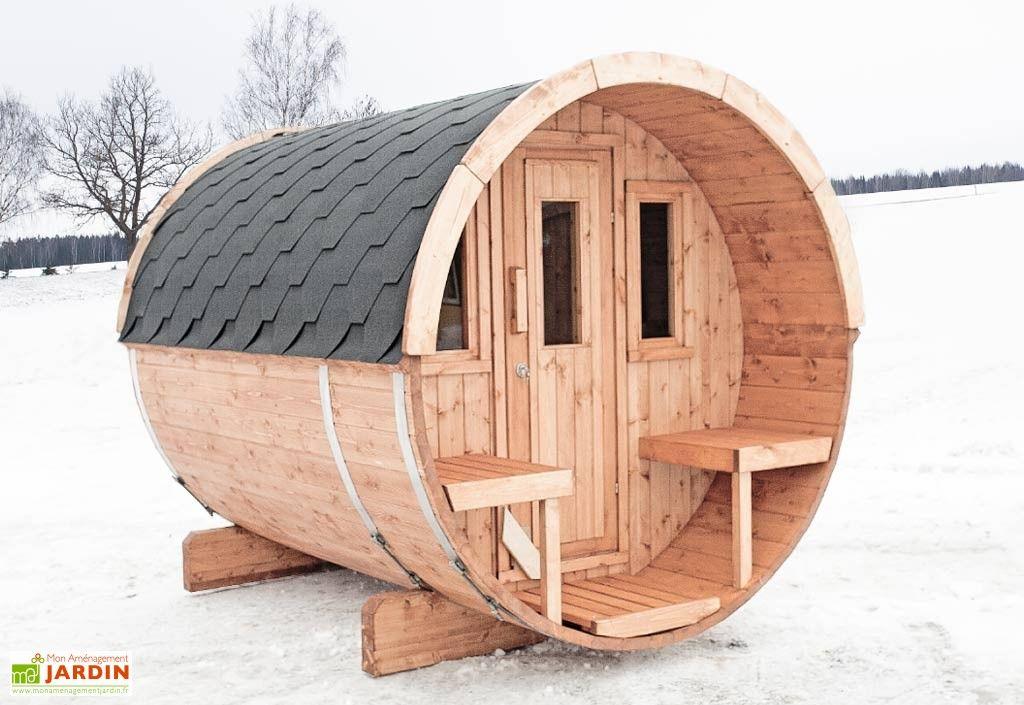 Votre Sauna Du0027extérieur Barrel 250 De Chez Inmedias Res Est Composé Du0027un  Abri En Bois En Forme Originale De Tonneau Et Du0027une Option Avec Ou Sans  Poêle ... Photo