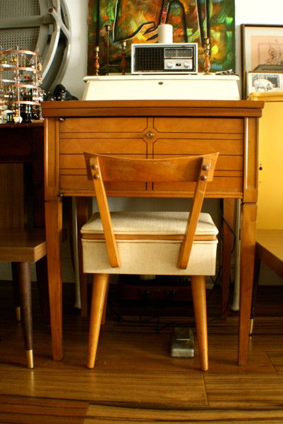1970u0027s Kenmore Vintage Sewing Machine (Table ...
