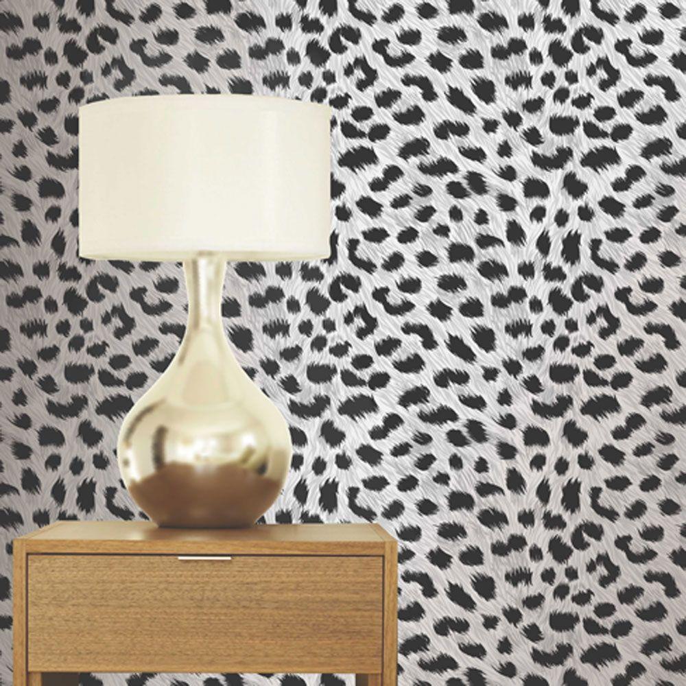 Leopard Print White Wallpaper 11m This funky Leopard Print