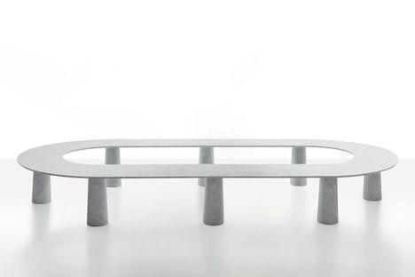 Carrara marble furniture for Marsotto Edizioni presented in Milan #banc circulaire en marbre