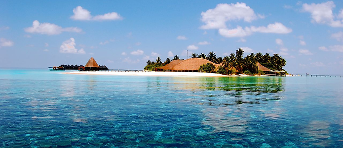 7D/6N Maldives Honeymoon    Angsana Ihuru is situated in the North Male Atoll of the Maldives, with only a short 25 minute transfer from the airport on Male. If you are after totally luxury holidays in the Maldives.