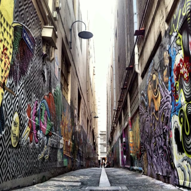 Lanes of Melbourne // Have a photo of this alley!