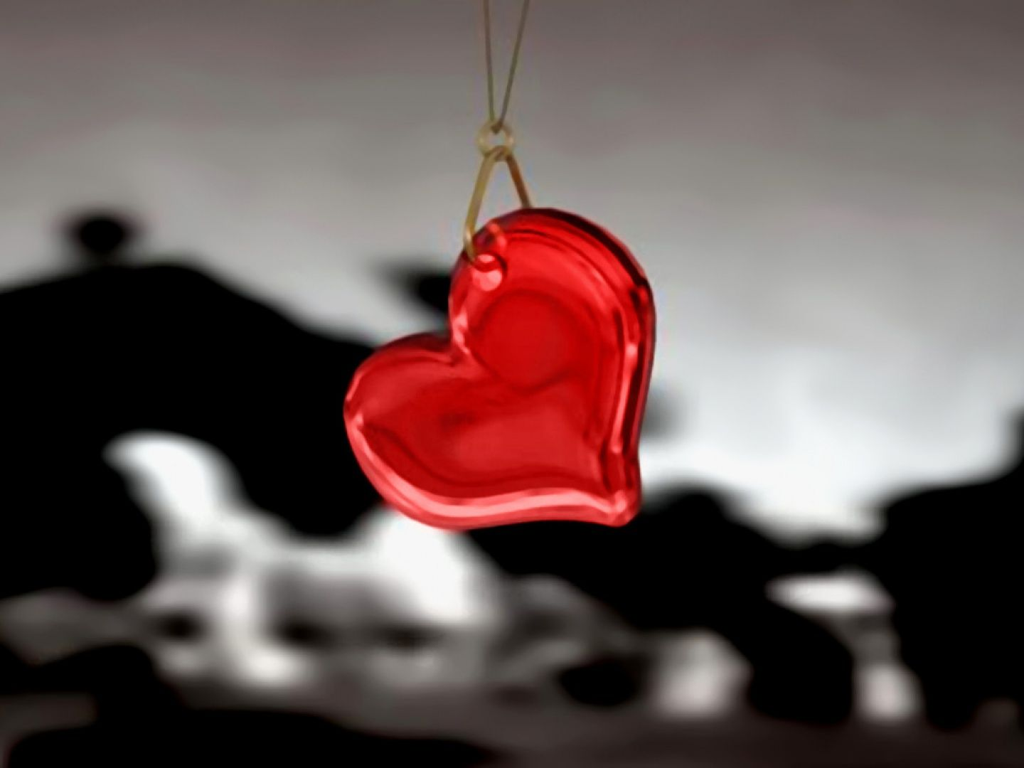 Free Desktop Wallpapers And Backgrounds With Crystal Heart Black White Love Red No