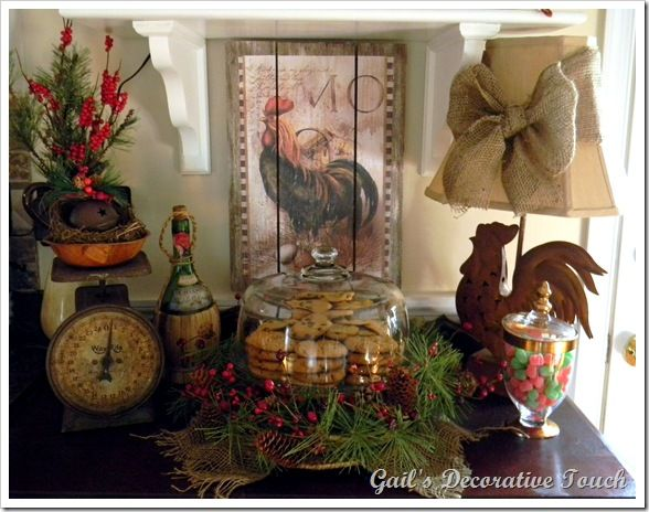 Christmas sideboard Christmas in 2019 Home decor, Kitchen decor, Rooster decor