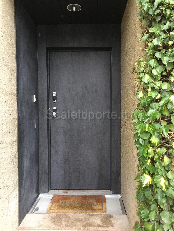 Ingresso di una bellissima villa in stile moderno e minimale - Porta ...