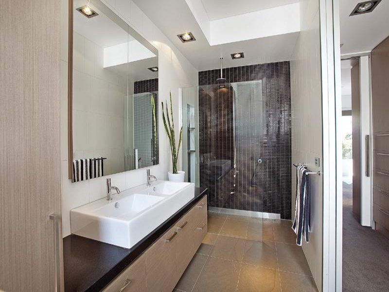 Bathroom ideas bathroom designs and photos bathroom for Modern ensuite ideas