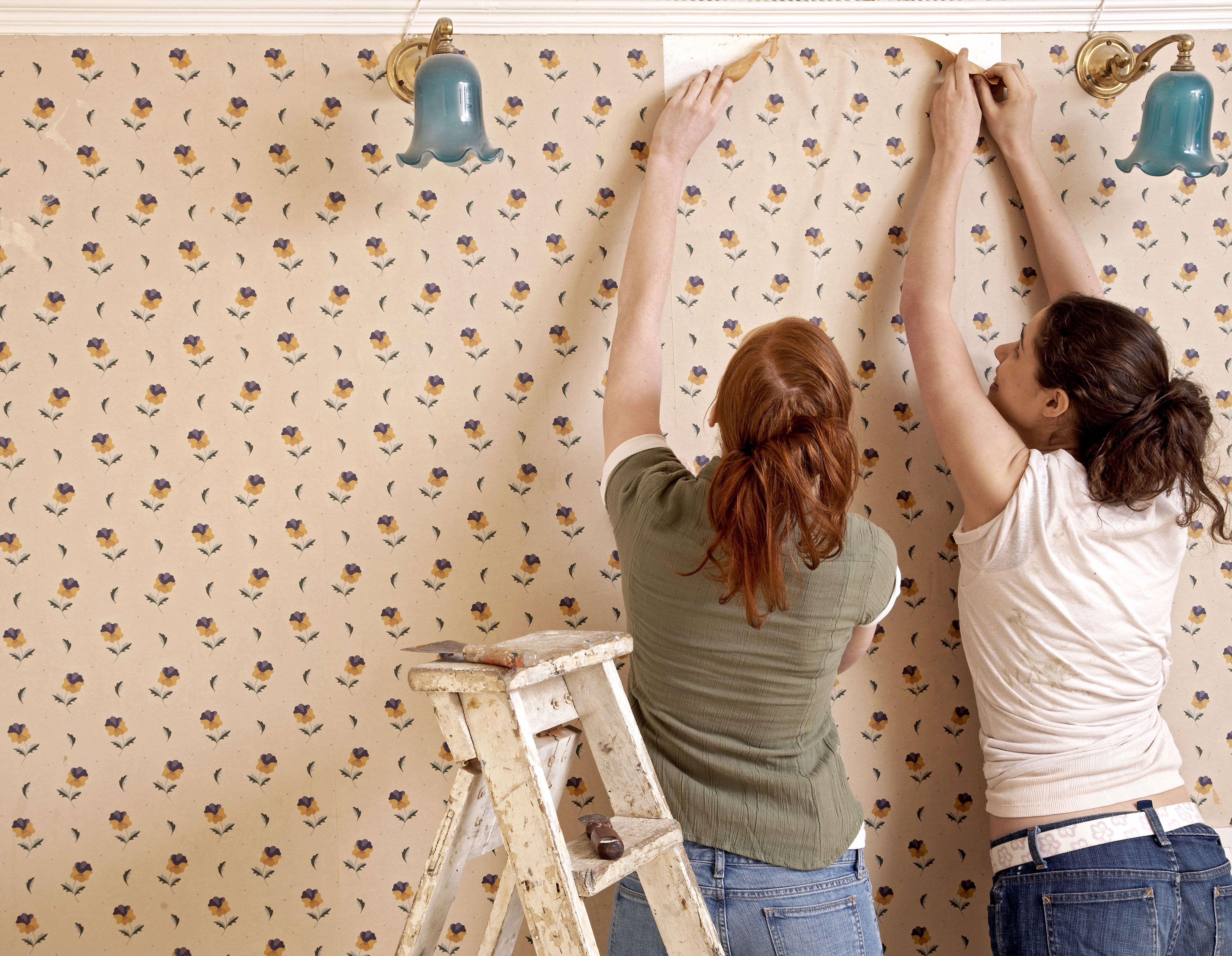 Yes, You Can! How to Remove Wallpaper from Unprimed