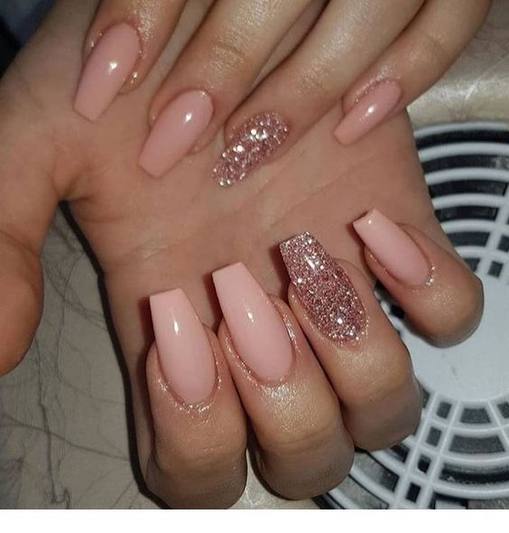 Glitter On One Nail Pink Gold Glitter Nails Rose Gold Nails Glitter Best Acrylic Nails